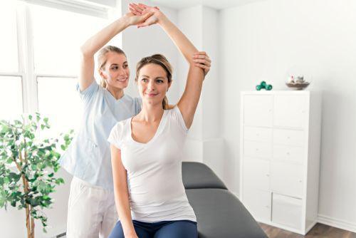٥ حيل للتخلص من ألم الظهر ، وجع الظهر